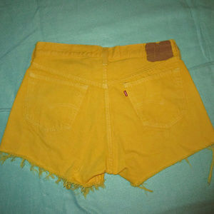LEVI'S 501 Vintage L Yellow cut off Jean Shorts
